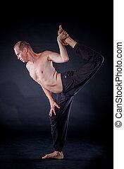 homem ioga