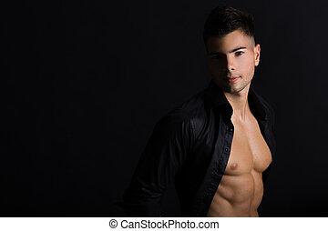 homem jovem