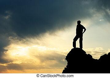 homem, ligado, pico, de, mountain.