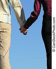 homem, &, mulher segura, mãos