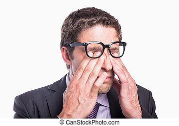 homem negócios, close-up, olhos, rubbing, preocupado