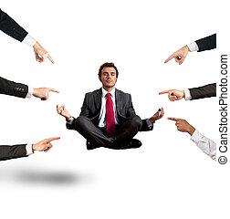 homem negócios, colegas, relaxado, accusations, sob