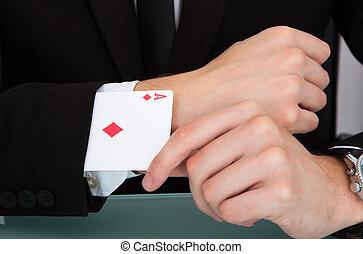 homem negócios, com, cartas de jogar, em, manga