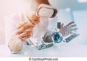 homem negócios, desgastar, realidade virtual, óculos proteção, em, modernos, escritório, com, telefone móvel, usando, com, vr, headset, com, tudo, tecnologia, mundo, rede, diagrama, elemento, por, nasa