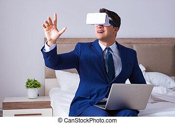 homem negócios, desgastar, um, realidade virtual, headset, quarto