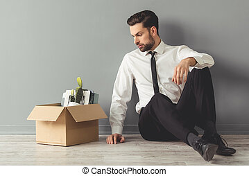 homem negócios, despedido, obtendo