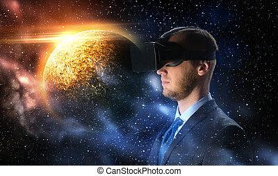 homem negócios, em, realidade virtual, headset, sobre, espaço