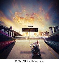 homem negócios esperando, trem