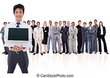 homem negócios, laptop, segurando