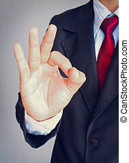 homem negócios, mostrando, mão,  ok, sinal