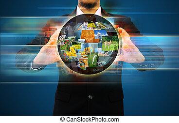 homem negócios, mundo, rede, segurando, social