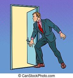 homem negócios, porta, abre
