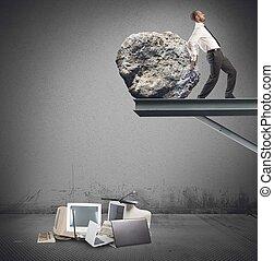 homem negócios, tecnologia, destruir