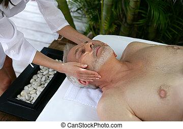 homem, recebendo, um, massagem