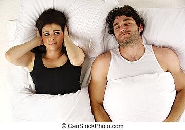 homem, roncar, mantendo, mulher, acordado, cama