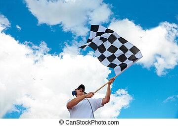 homem, waving, um, bandeira checkered, ligado, um, raceway