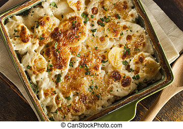 Homemade Cheesey Scalloped Potatoes with Parsley Flakes
