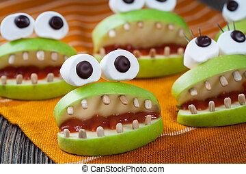 Homemade halloween scary food monsters natural vegetarian ...