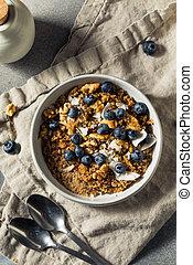 Homemade Healthy Breakfast Quinoa