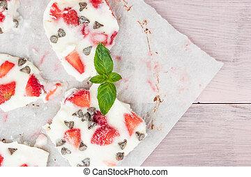 Homemade healthy frozen strawberry yogurt bark.