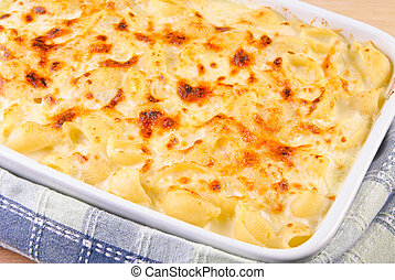 Baked Macaroni and Cheese in a Casserole