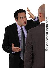homens negócios, dois, discordar