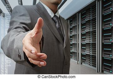 homens negócios, oferta, agitação mão, em, um, tecnologia, dados centram