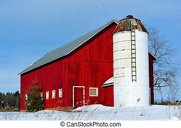 Homestead Barn & Silo in Winter - Old Homestead Red Barn &...