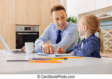 hometask, 彼の, 娘, 彼女, 助力, 人, 理性的, すてきである