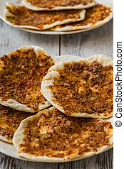 Hommade Turkish Pizza, Lahmacun