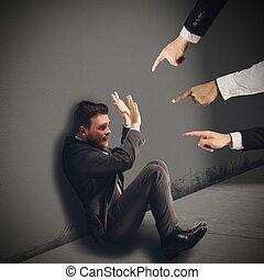 homme affaires, blâmé, unfairly