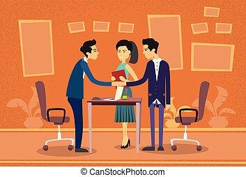 homme affaires, bureau, discussion affaires, gens, main, réunion, asiatique, plat, secousse, bureau