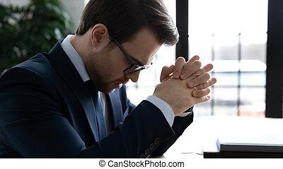 homme affaires, business, compagnie, frustré, affligé, échec