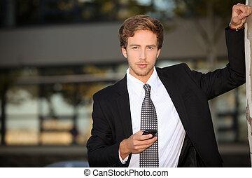 homme affaires, cellphone