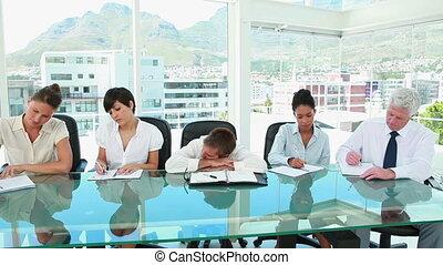 homme affaires, collègues, quoique, fonctionnement, dormir