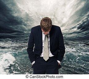 homme affaires, derrière, orage, océan