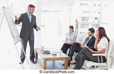 homme affaires, donner présentation