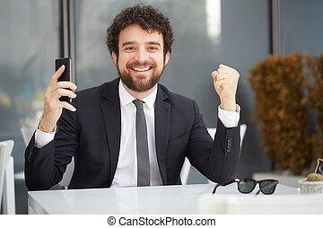 homme affaires, heureux