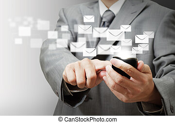 homme affaires, main, prise, écran tactile, téléphone portable, et, boutons, e-mail