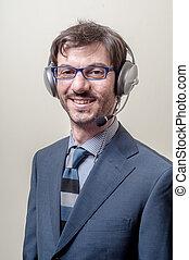 homme affaires, microphone, casque