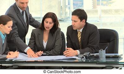homme affaires, projection, document