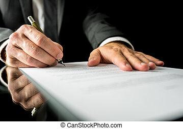homme affaires, signer, papier, document