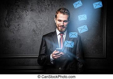 homme affaires, smartphone, jeune