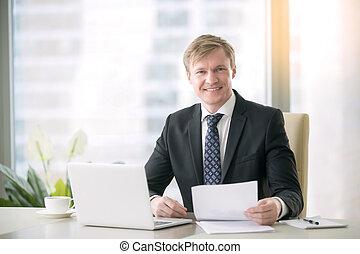 homme affaires, sourire, beau, portrait