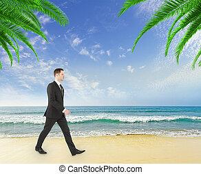 homme affaires, sur, plage