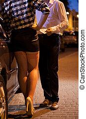 homme, argent donnant, à, prostituée