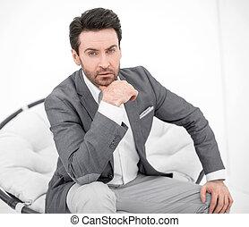 homme, chaise, attentif, business, séance
