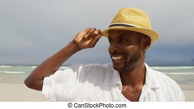 homme, chapeau, plage, debout, jour, 4k, ensoleillé