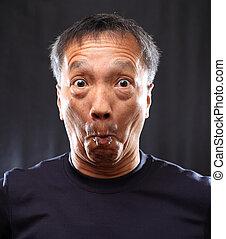 homme, chinois, choqué, mûrir