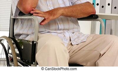 homme, déprimé, wheelcha, personnes agées